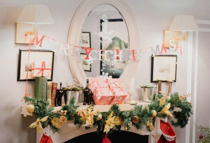 How to decorate your mantle for Christmas