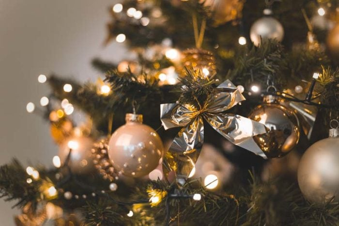how to stage your home for the christmas holidays